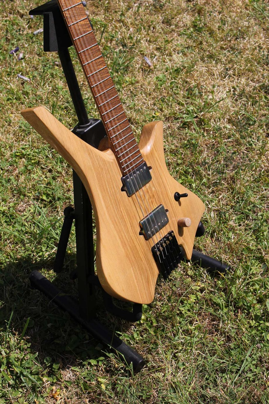 MAD Guitars No Mad 6 String Naturel